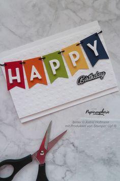 Mal ganz bunt entstand diese Happy birthday-Karte für unsere Juli-Inspirationswoche. #happybirthday #buchstabenmix #wimpelkette #diycards #crafting #astridspapiereuphorie #stampinup #stampinupösterreich #stampinupdemo #stampinupwien #kreativmitpapier #diy #handemadecards #cardmaking #paperlove #bastelnmachtspass #creative #diykarten #papierliebe