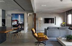 Reforma dá ares modernos e madeira cria aconchego em apê dos anos 1980 - Casa e Decoração - UOL Mulher