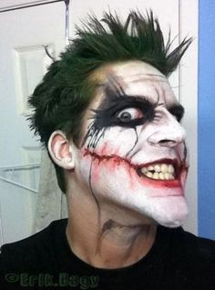 wicked joker makeup with bloody mouth for 2014 Halloween - black eyes clown #2014 #Halloween