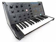 Synthesizer website dedicated to everything synth, eurorack, modular, electronic music, and more. Vintage Synth, Logic Pro, Audio Engineer, Drum Machine, Audio Sound, Studio Setup, Sound Waves, Cool Stuff, Random Stuff