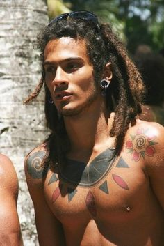 I think more men should have dreadlocks, most people look so good with them