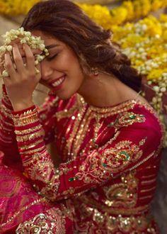 Pakistani Bridal Dresses Online, Indian Bridal Outfits, Pakistani Bridal Wear, Indian Dresses, Pakistani Gharara, Beautiful Pakistani Dresses, Pakistani Suits, Pakistani Actress, Bridal Lehenga Collection