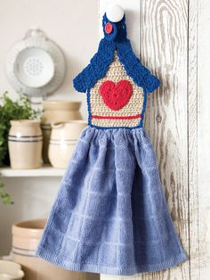 Birdhouse Towel Topper
