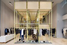 En Route store by Schemata Architects, Ginza – Japan