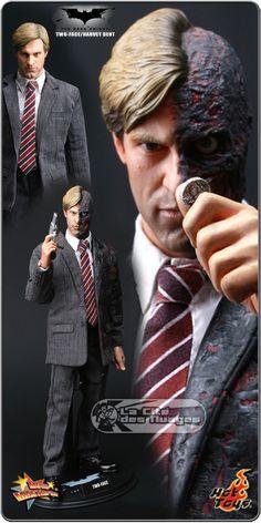 Batman The Dark Knight Two Face 12 Hot Toys