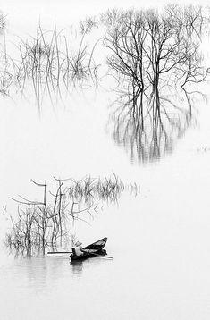 Da Mi Lake. Vietnam.