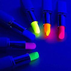 Add some neon lipstick to your outfit! Need this for my neon/glow dirty Neon Lipstick, Lipgloss, Dark Lipstick, Lipsticks, Lipstick Colors, Yellow Lipstick, Crayon Lipstick, Bright Lipstick, Lipstick Brands