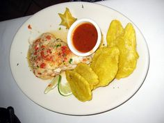 snapper filet stuffed with shrimp (and tostones on the side, oh yeah!)    Filete de chillo relleno de mariscos
