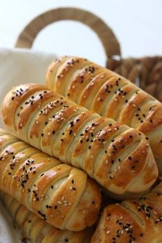 Lunch Snacks, Snacks Für Party, Easy Snacks, Dutch Recipes, Baking Recipes, Brunch, Pan Relleno, Easy Recipes For Beginners, Tapas