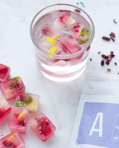 Acai Tea detox ice blocks made with Raspberries, Lemon + Mint by @ beautyblends