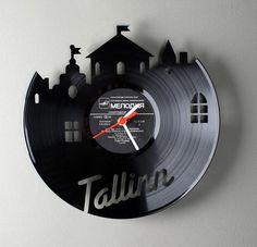 RE_VINYL - Clocks Made from Old Vinyl Records