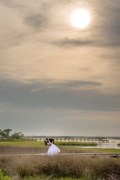 Bride and Groom Photos - PHOTO SOURCE • OPEN APERTURE PHOTOGRAPHY | Featured on WedLoft