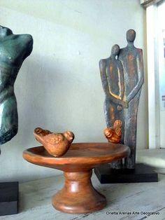 Fuente pajaritos de ziña Técnica : Madera #falsoacabadomadera Sculpture Art, Decoupage, Clay, Ceramics, How To Make, Painting, Furniture, Home Decor, Ideas Para