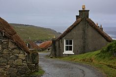 Things to do on Lewis and Harris: Gearrannan Blackhouse holiday Village ©MDHarding
