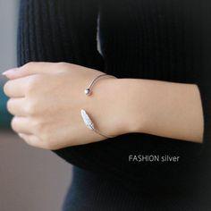 Elegant 925 Sterling Silver Cuff Bracelets Trendy Feather Adjustable Bracelet Jewelry for Women Fashion Bracelets, Fashion Rings, Bangle Bracelets, Bangles, Gold And Silver Bracelets, Cheap Silver Rings, Feather Jewelry, Feather Necklaces, Adjustable Bracelet