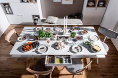 #stół #drewniany #jadalny  #design #jadalny #jadalnia #kuchenny #drewno  #nowoczesny #skandynawski #biały #diy #wystrój  #pomysły #VOX #wnętrza #kwadratowy #mały #kuchnia #jasny #biały #ława #salon