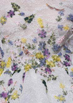 Detail at Giambattista Valli Haute Couture Fall/Winter Beautiful idea- ribbon embroidery on special dress! Tambour Embroidery, Couture Embroidery, Embroidery Fashion, Ribbon Embroidery, Embroidery Designs, Couture Details, Fashion Details, Blush Rosa, Fairytale Fashion