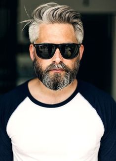 Ideas For Hair Men Hairstyles Face Shapes – Men's Hairstyles and Beard Models Mens Summer Hairstyles, Trending Hairstyles For Men, Older Mens Hairstyles, Face Shape Hairstyles, Haircuts For Men, Beard Styles For Men, Hair And Beard Styles, Short Hair Styles, Widows Peak Hairstyles