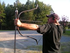 Huntworthy Productions traditional bows. Longbows, recurve bows and more. Bow building materials and apparel. Made in the USA. Located in the Blue Ridge Mtns of NC.