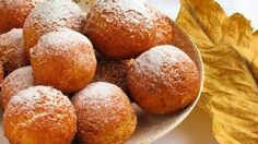 Cottage Cheese Donut, Ukrainian Traditional Recipes - description, pictures, cooking tips. Find the best Ukrainian dishes for sharing with family. Pastry Recipes, Cake Recipes, Cooking Recipes, Ukrainian Desserts, Bread And Pastries, Cottage Cheese, International Recipes, Tasty Dishes, Donuts