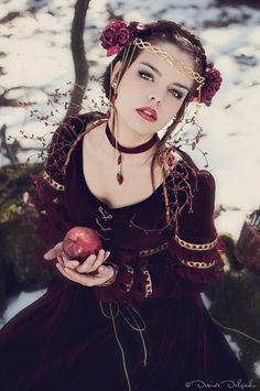 Made by Order: Snow white costume sold by #CostureroReal on #etsy $917.31 #fairytale