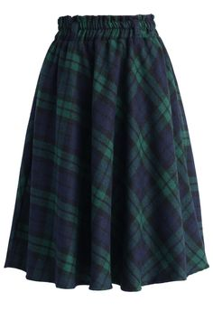 - Green tartan pattern all over - Crafted from wool-blend like fabric - Not lined - Concealed side zip closure - 100% Polyester - Machine washable  Size(cm) Length Waist S/M     58     60 Size(inch) Length &nb