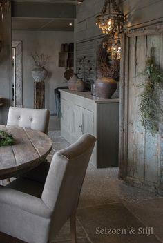 36 Pretty Kitchen Wall Decor Ideas to Stir Up Your Blank Walls - The Trending House Home Living, Living Spaces, Living Room, Rustic Decor, Farmhouse Decor, Decor Rustique, Estilo Country, Interior Decorating, Interior Design