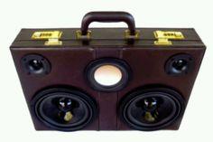 Speaker briefcase