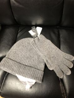 CASHMERE HAT AND GLOVE SET BRAND NEW WITH TAGS    fashion  clothing  shoes   accessories  unisexclothingshoesaccs  unisexaccessories (ebay link) 371b89ffc4d9