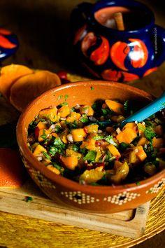 This salsa screams #summer Mango, Orange, and Red Chile Salsa Recipe  | #mexicanfood #mangos #salsa
