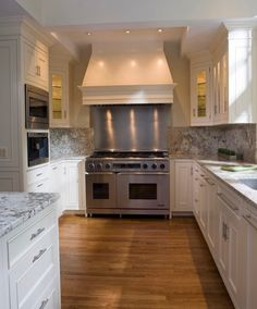 A beautiful house should have a beautiful kitchen. Swipe left to see the beautiful kitchen!...Tag a friend who would love this too!.... credit: @anthonywilderdesignbuild . . . .  #fixerupper#newhome#designideas#instaluxe#designporn#interiorinspiration#homeinspo#instadesign#luxuryhome#designlovers#interiorstyle#homeideas#casa#hogar#designinspo#homedecor#realestate#fashionaddict#homeinspo#design#thewelldressedhouse#dreamhome#kitchen#inredning#curbappeal