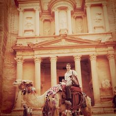 Travel is one of my main interests and sources of inspiration. Most of my friends share this passion and we go away at least once a month. Here I am this spring in Petra, Jordan.