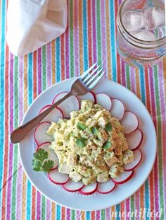 No Mayo Cilantro Chicken Salad {egg, dairy, nut & seed free}, with a sneaky added vegetable! http://meatified.com