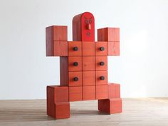Chest of drawer by Hiromatsu