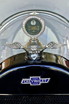 1915 Chevrolet Touring, Chevrolet  Hood Ornament