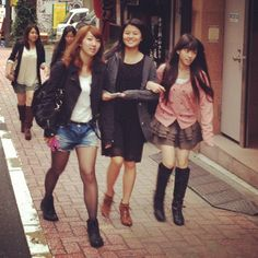 #shibuya #fashiongirls #autumn2012 #trends spotted this morning