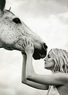 This is for my friends who live and breathe for their horses ;) love these girls!