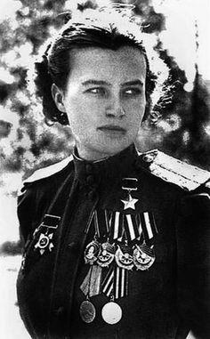 Natalya Meklin, Natalya Fyodorovna Meklin née Kravtsova, 1922-2005, pilote de combat de la Seconde Guerre mondiale.