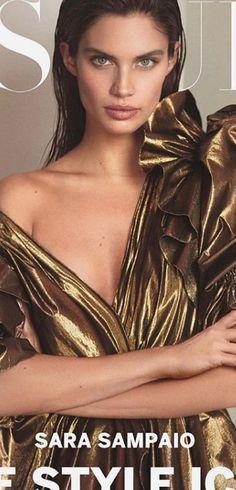 Victoria Secret Lingerie, Victoria Secret Fashion Show, Emmy Rossum, Swimsuit Edition, Sara Sampaio, Lingerie Models, Sports Illustrated, Style Icons, Beautiful Women