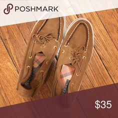 NEW Sperry Shoes Brown Sperry shoes; very few use Sperry Top-Sider Shoes Flats & Loafers Sperry Top Sider Shoes, Sperry Shoes, Loafer Flats, Loafers, Sperrys, Boat Shoes, Buy And Sell, Shop My, Best Deals