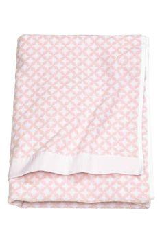 Drap de douche: Drap de douche en coton éponge avec motif jacquard tissé. Patte de suspension sur une longueur.