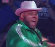 He-Mang's sister    #wrestling #wwe #smackdown #brodus #clay #gif Go BRODUS CLAY Somebody Call My Momma.