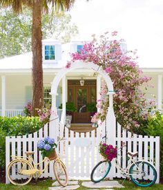 Another view of the fabulous Florida beach house I shared yesterday. With credit to Cozy Cottage, Cottage Living, Cottage Style, White Picket Fence, Coastal Homes, Florida Beaches, Curb Appeal, Exterior Design, Design Projects