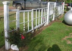 5 Prompt Tips: Cute Garden Fencing fence landscaping bamboo.Front Yard Fence How To Build easy fence art.Fence Landscaping For Dogs. Old Window Frames, Window Ideas, Window Panes, Window Art, Recycled Door, Recycled Windows, Old Shutters, Funky Junk Interiors, Garden Windows