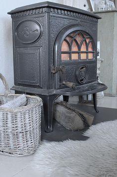 Old Jøtul wood stove.