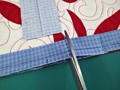 Easy trick to perfectly join quilt binding - So Sew Easy Machine Binding A Quilt, Quilt Binding Tutorial, Sewing Binding, Bias Binding, Quilting For Beginners, Sewing Projects For Beginners, Quilting Tips, Quilting Tutorials, Beginner Quilting