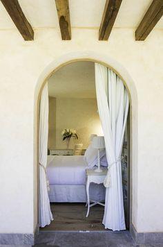 La Villa del Re, 5 star hotel in Sardinia front-sea with luxury services. Re Room, Costa Rei, Luxury Services, Shabby Chic Style, Sardinia, Villa, Rooms, Furniture, Home Decor