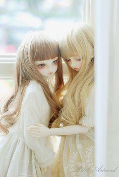 prettydolls:  车厘子&修花 by ☆Queenie☆ on Flickr.