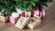 DIY: Gift wrapping idea by Søstrene Grene