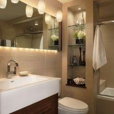 Sauberes und einfaches Badezimmer